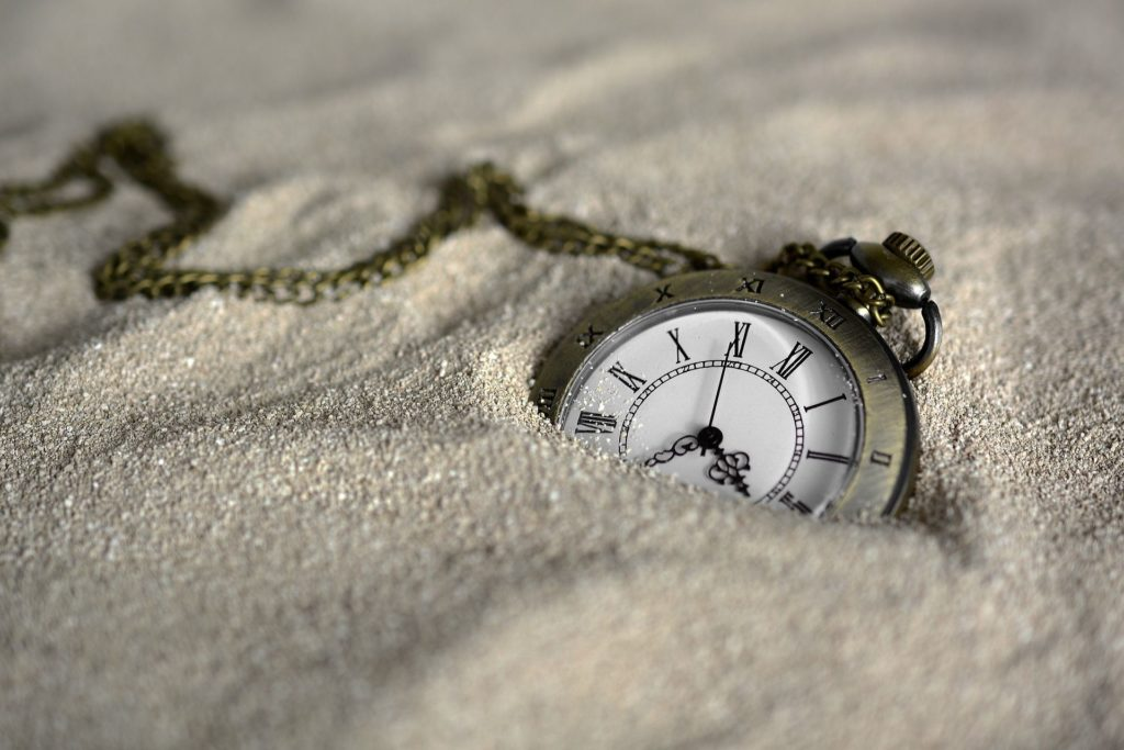 Notion of time prevails